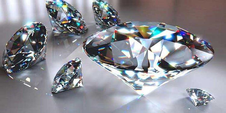 Yerkürenin derinliklerinde katrilyon ton elmas yatıyor
