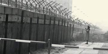 """""""Utanç duvarı"""" 29 yıl önce yıkıldı"""