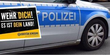 Polise ırkçılık baskını