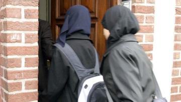Belçika'da öğrenciye başörtüsü serbestisi