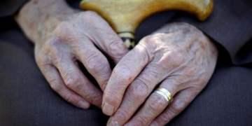 Yaşlı çalışan sayısı üçe katlandı