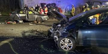 Mengede'deki kazada iki ağır yaralı