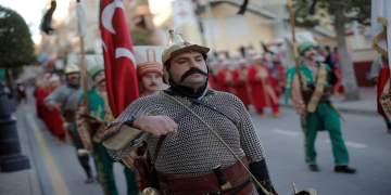 Mehteran Birliği ilk kez yürüdüğü İspanya'da herkesi etkiledi