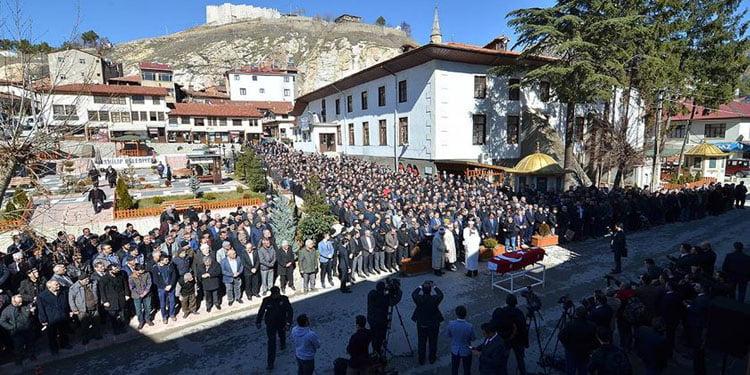 Irkçı terör kurbanı Saraçoğlu Çorum'da toprağa verildi
