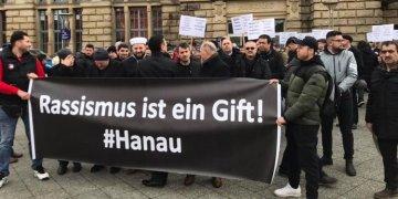 Krefeld'de Hanau kurbanları anıldı