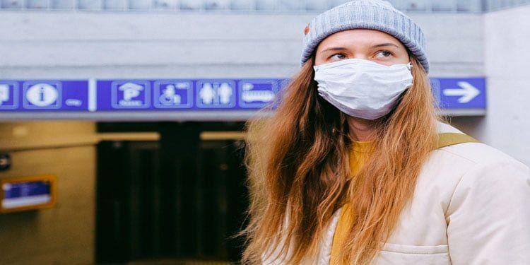 Almanya'da maske mecburiyeti başladı