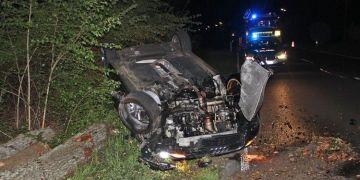 Takla atan aracın kadın şoförü ağır yaralandı