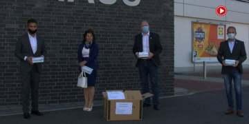 Baltacı çiftinden Bönen'e 2 bin 500 maske (VİDEOLU)
