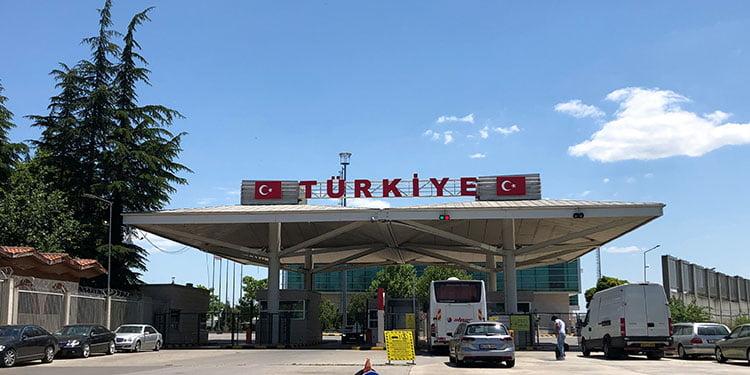 Türkiye'ye araç götüren gurbetçilere müjde