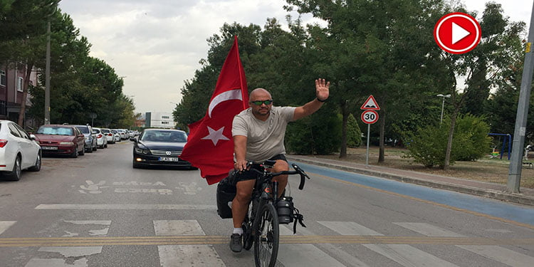 Köln'den Türkiye'ye pedal çevirdi (VİDEO)