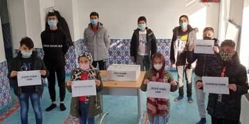 Almanya'daki miniklerden İzmir'e yardım