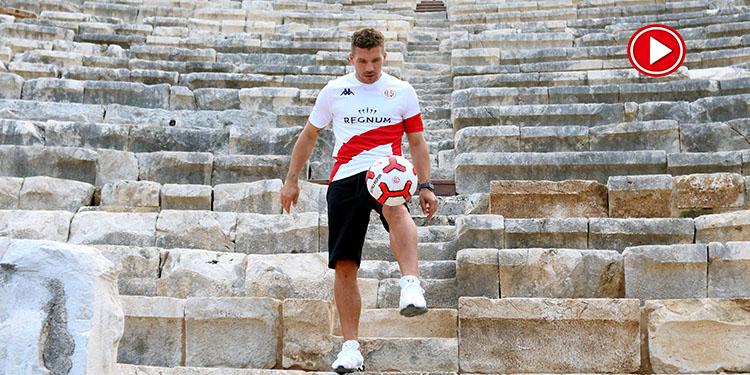 Podolski Patara'nın tanıtım elçisi (VİDEO)
