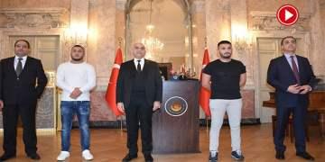 Büyükelçi Ceyhun Avusturya'daki saldırıda polisi kurtaran Türk gençlerle görüştü (VİDEO)