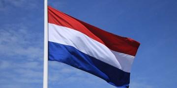 Hollanda korona kısıtlamalarını 2 Mart'a kadar uzattı
