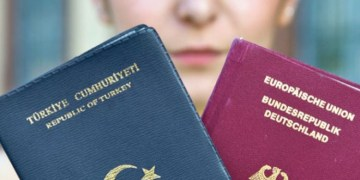 Çifte vatandaşlığı kolaylaştırın talebi