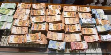 213 milyon euro yasadışı havaleye iddianame