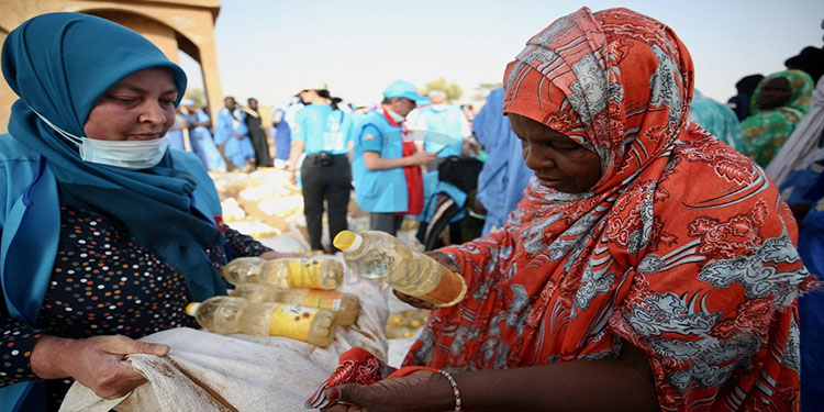 Almanya'da yaşayan Türk kadınların yardım eli Moritanya'ya uzanıyor