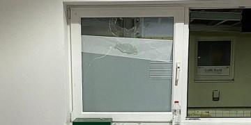 Almanya'da DİTİB camisine taşlı saldırı