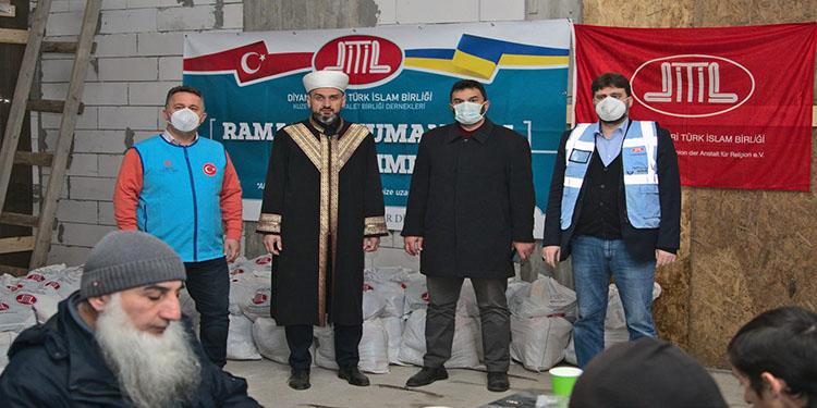DİTİB'ten Ukrayna ve Gürcistan'da ramazan yardımı