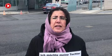 """PKK'nın kızını kaçırdığı anne:""""Alman makamlarının vurdum duymazlığı beni üzüyor"""" (VİDEO)"""
