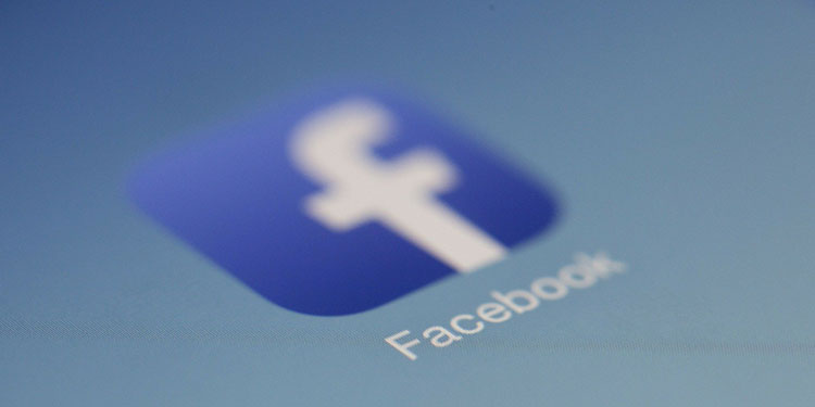 Almanya, kamu kurumlarından yıl sonuna kadar Facebook'u kullanmaya son vermesini istedi