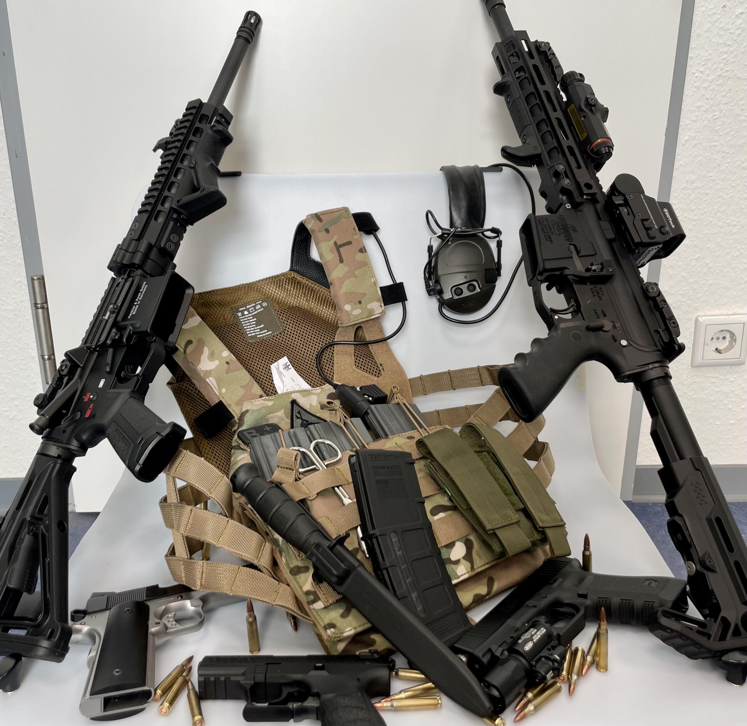 Savaş silahları ele geçirildi