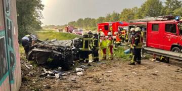 Çifte kazada 1 ölü