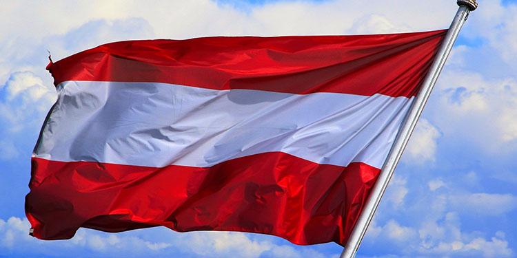 Avusturya'da aşı şartı nedeniyle iş önerilerini kabul etmeyenlerin işsizlik maaşı kesilebilecek