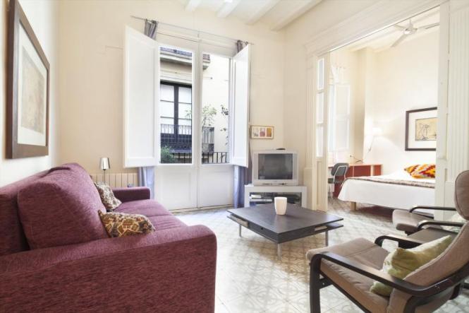 Banys Apartment Monthly Al In Barcelona For 6 People Barri Gotic Las Ramblas Area