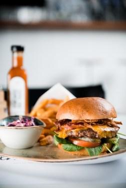 hdv_16b_real_cheddar_cheeseburger
