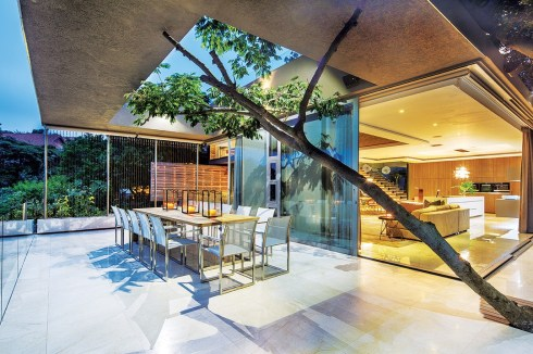 The brief was to design and construct a contemporary family home within the richly foliaged forest