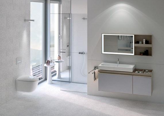 2017 Bathroom 03 E Private Bathroom__JPEG small 300dpi cmyk