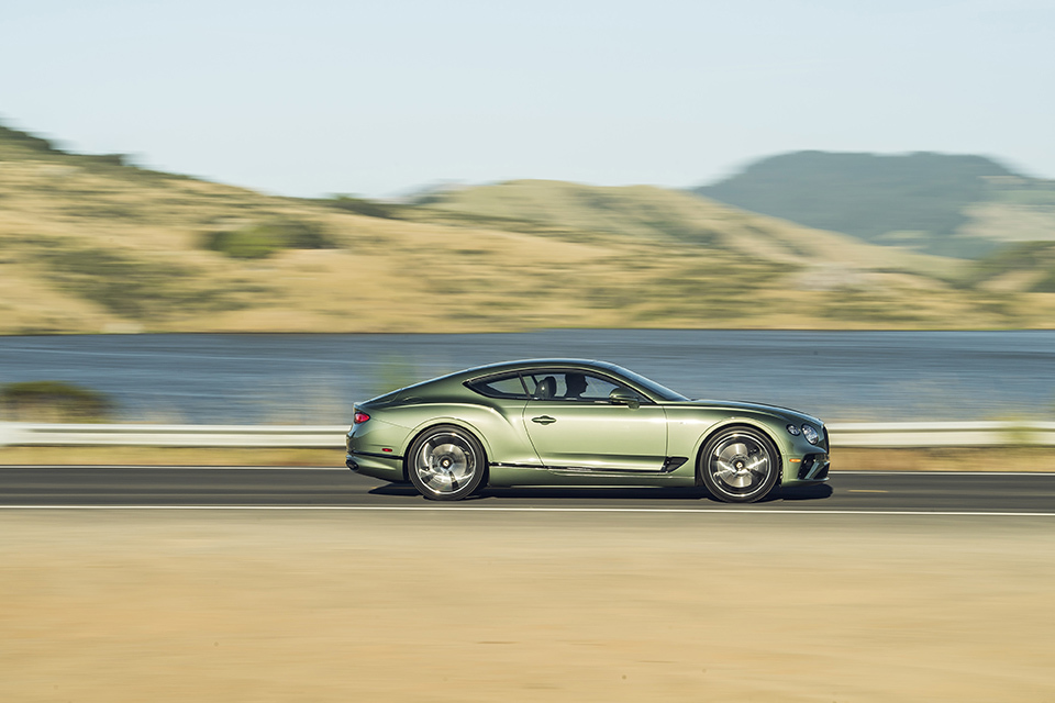 Bentley Continental GT V8 Photo: James Lipman / jameslipman.com