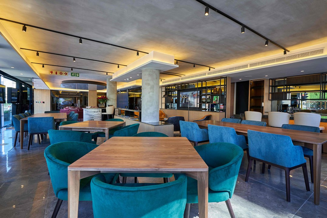 Dogon Cafe area