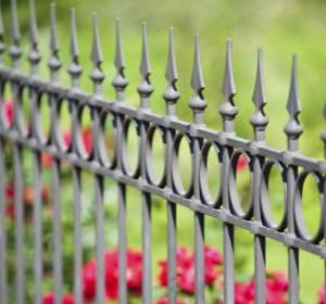 cloture de jardin en acier ou fer forge