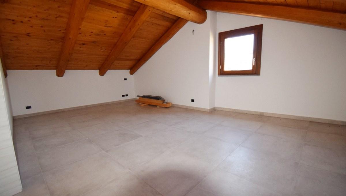 2° camera piano superiore