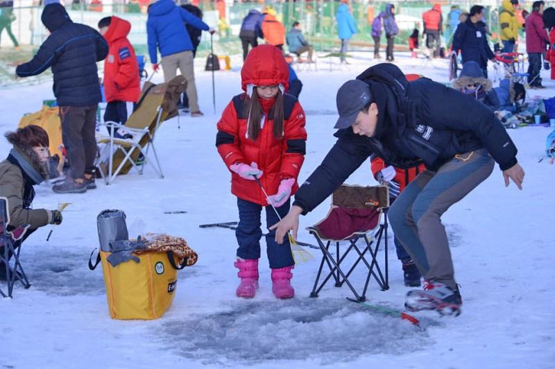 The Joyful Scenes of Hwacheon Sancheoneo Ice Festival 2018