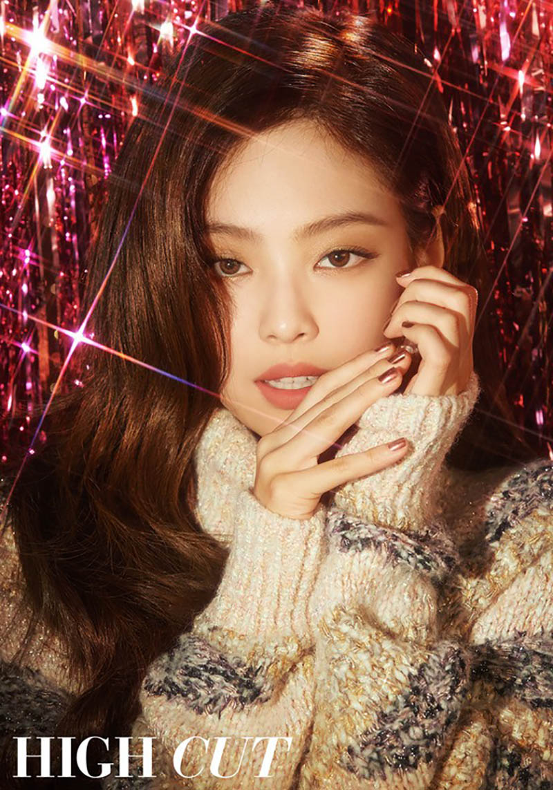 Black Pink Jennie becomes glitter queen in new 'Solo' photo shoot