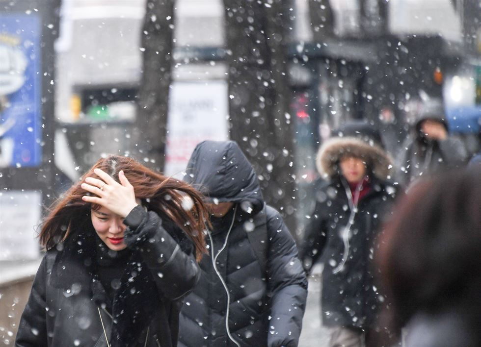 [Photo] Seoul covered with snow