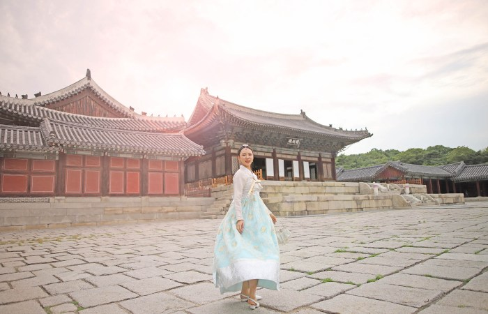 Changgyeonggung-Palace-Golden-Hour-Photoshoot
