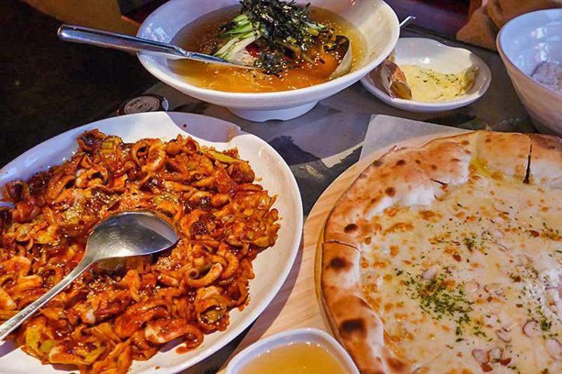 must-go restaurant in myeongdong