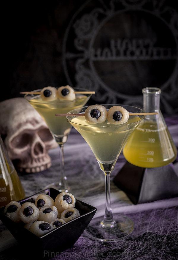 Страховити коктейли за Хелоуин- тематични предложения