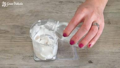 Hacer crema facial suavizante