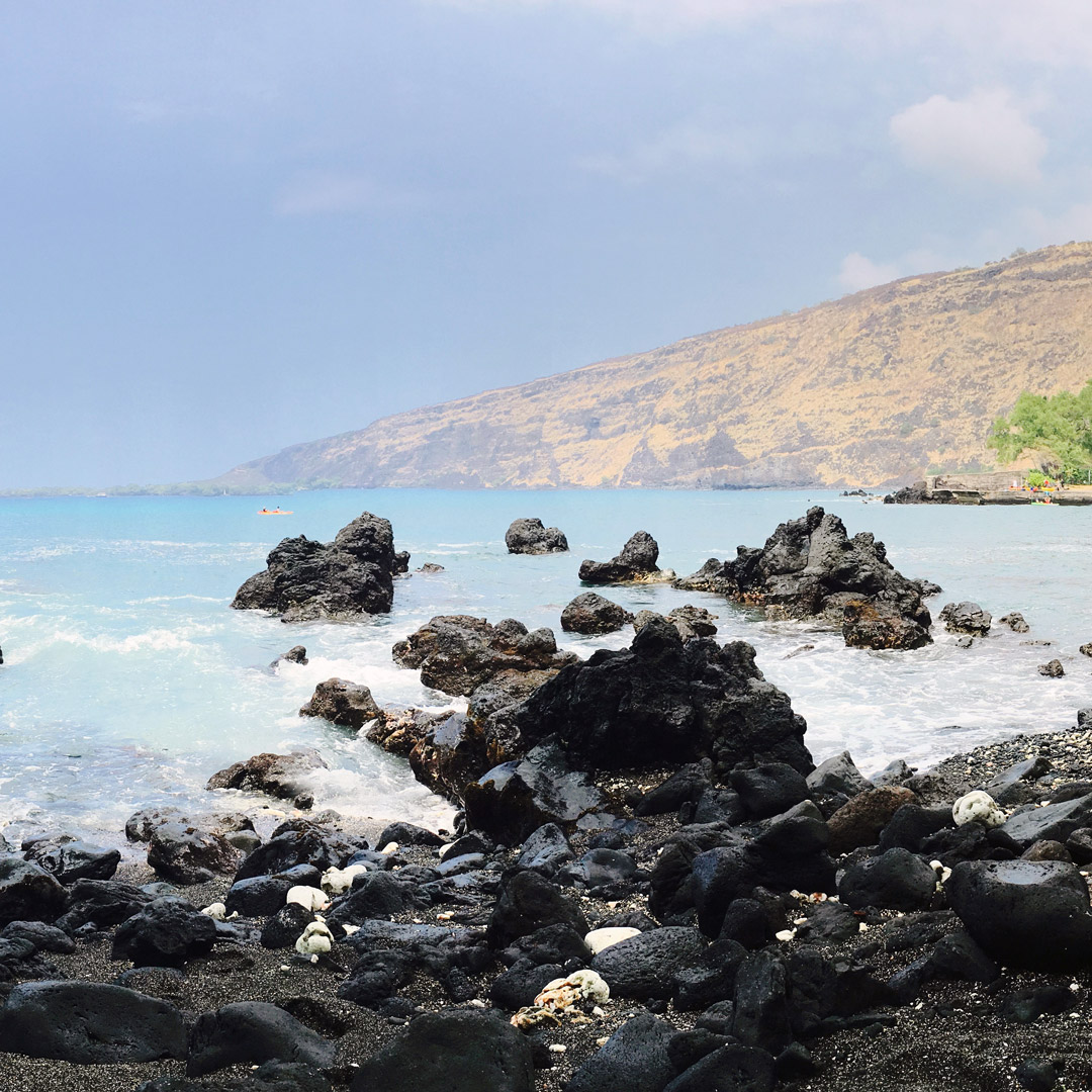 manini beach in south kona
