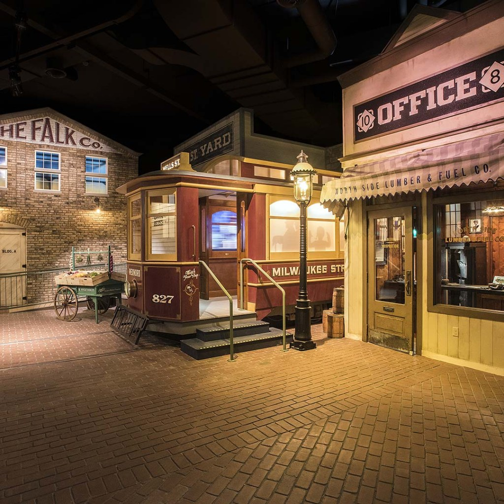 A recreation of early 1900s Milwaukee at the Milwaukee Public Museum.