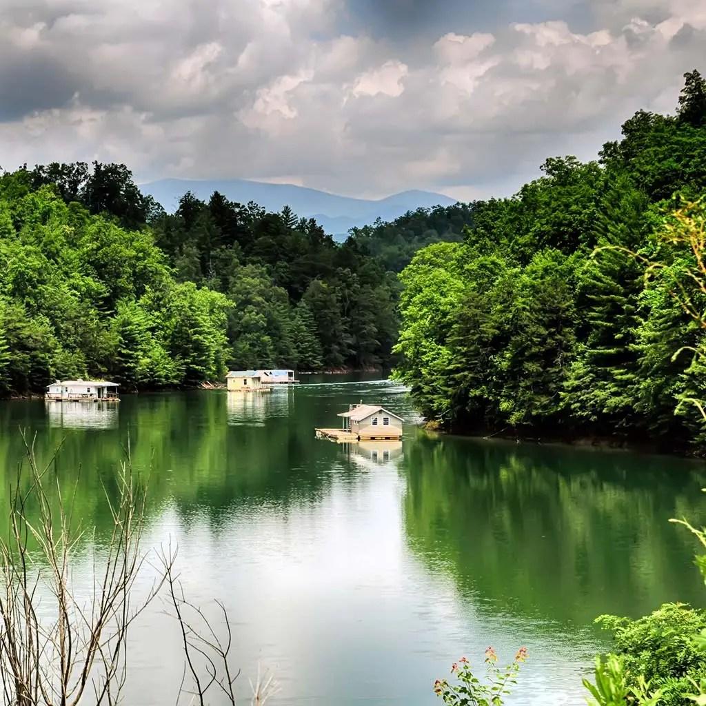 Floating vacation homes on Fontana Lake.
