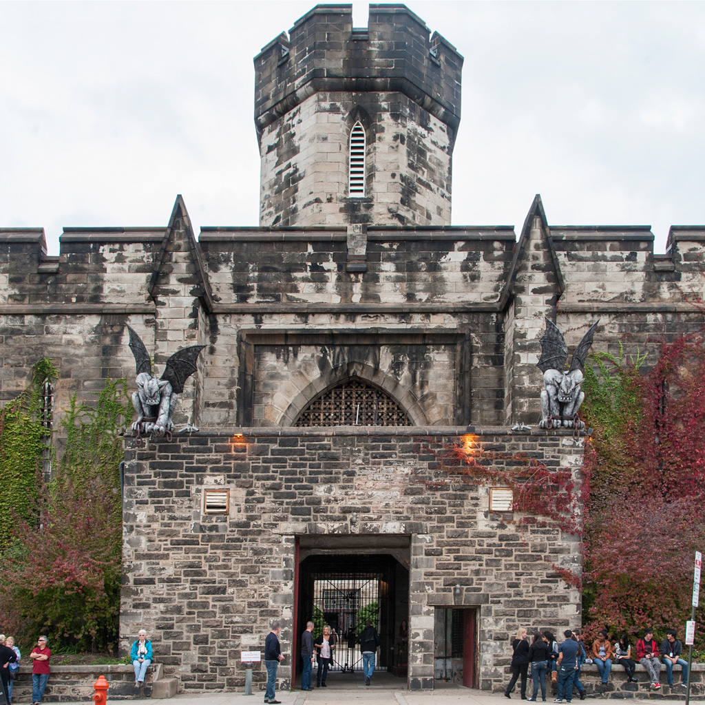 front view of the entrance to Eastern State Penitentiary