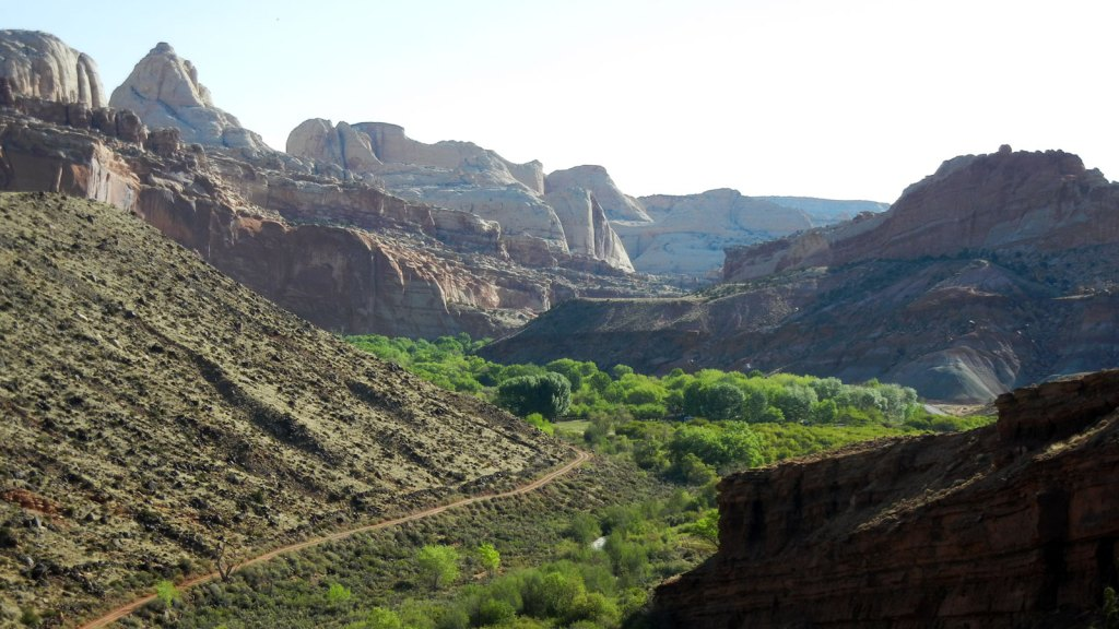 landscape view of the fremont river going through capitol reef national park