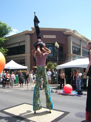 Stilt show at the Bite of Bend
