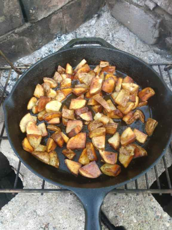 Cooking potatoes in cast iron skillet